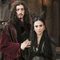 """Novela """"Deus Salve o Rei"""": Rodolfo volta com Lucrécia (Tatá Werneck) após separação de Catarina"""