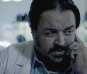 """Um telefone do legista pode mudar os rumos da investigação do assassinato, em """"O Rebu"""""""