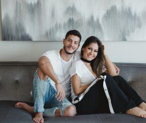 Arthur Aguiar e Mayra Cardi esperam a chegada de Sophia e rapaz revela que dará um tempo das novelas
