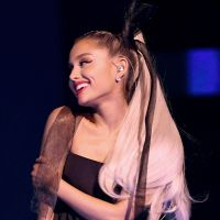 Ariana Grande adia lançamento do novo álbum e confirma participação especial