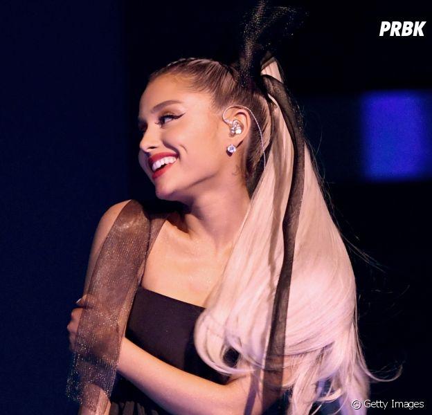 """Ariana Grande adia data de lançamento do novo álbum, """"Sweetener"""""""