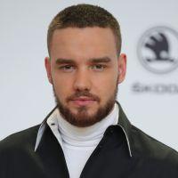 Liam Payne, do One Direction, chega ao Brasil e é recebido pelos fãs em aeroporto!