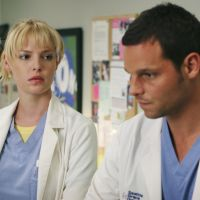 """De """"Greys' Anatomy"""", Katherine Heigl, a Izzie, fala sobre casamento de Alex e Jo: """"Ciúmes"""""""
