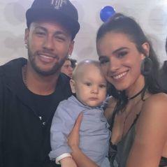 Neymar e Bruna Marquezine se divertem na festa de aniversário de Davi Lucca