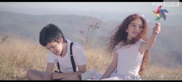"""O clipe de """"Diz Pra Mim"""", da banda Malta, conta uma história de amor que atravessa o tempo"""
