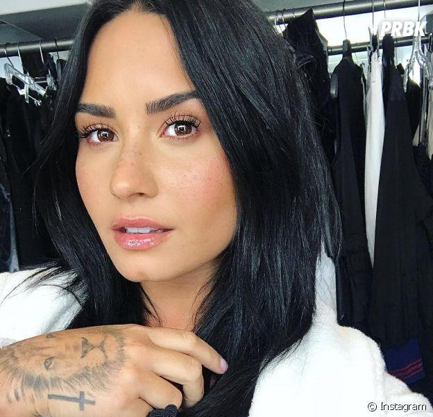 Demi Lovato segue internada em um hospital em Los Angeles, diz TMZ