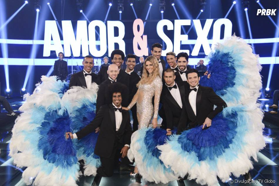 """Fernanda Lima está sempre com uma roupa especial e arrasa com seus looks no """"Amor e Sexo"""""""