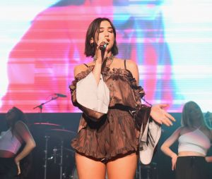 Dua Lipa se pronuncia sobre acontecimento no seu show em Shanghai