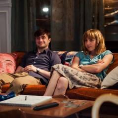 """Daniel Radcliffe e Zoe Kazan falam sobre o filme """"Será Que?"""" em vídeo exclusivo"""