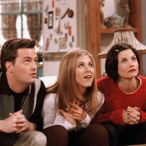 """5 formas infalíveis para sair do famoso """"Vamos marcar!"""" e encontrar seus amigos!"""