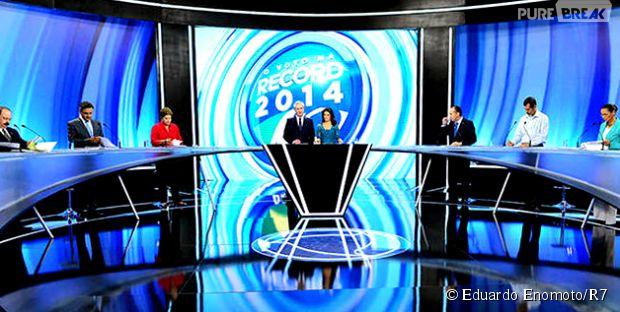 Candidatos à Presidência da República em 2014 abordaram temas polêmicos no debate da Record do último domingo (28)