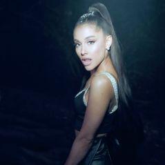 """Vitória do povo de Deus! Parece que Ariana Grande já está gravando o verdadeiro clipe de """"Breathin"""""""