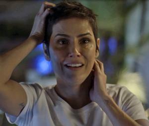 """Em """"Segundo Sol"""": Karola (Deborah Secco) irá descobrir que é filha de Laureta (Adriana Esteves)"""