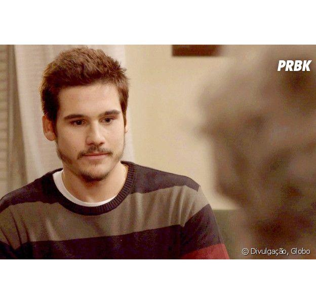 """Em """"O Tempo Não Para"""", Samuca (Nicolas Prattes) é vítima de golpe deseu próprio pai"""