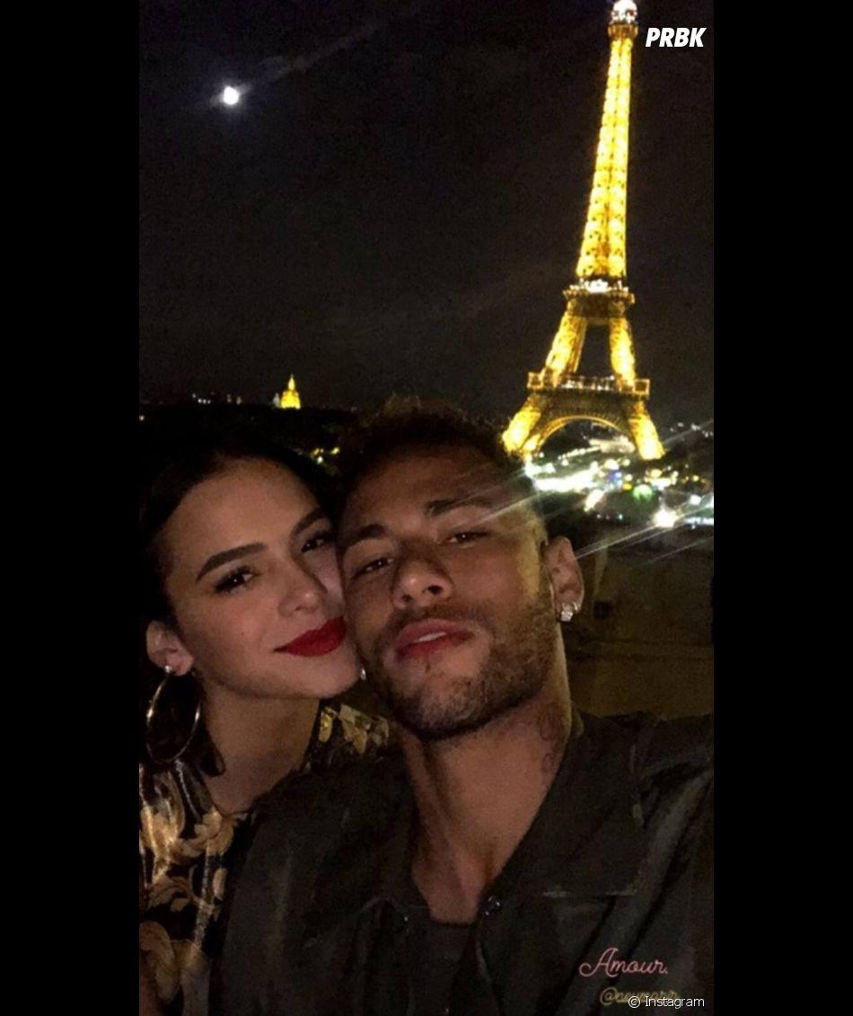 Bruna Marquezine rebate fãs que pediam volta dela com Neymar