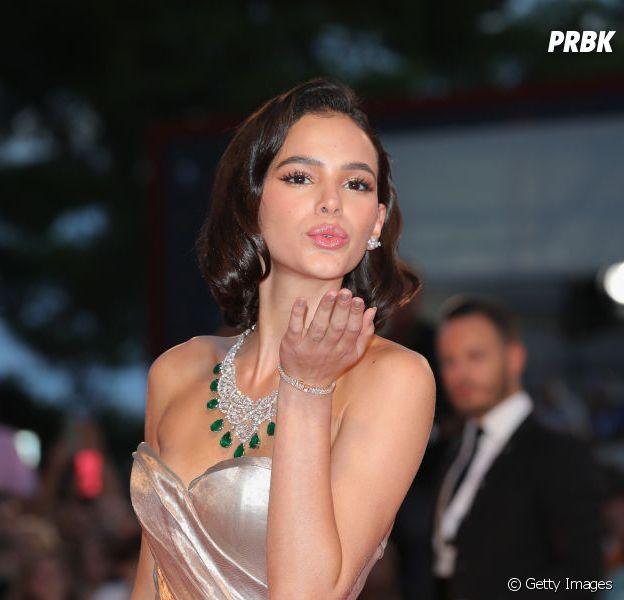 Bruna Marquezine fica revoltada com mutirão pedindo para que ela volte com Neymar