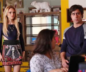 """Megan (Isabelle Drummond) não gosta de ouvir que Davi (Humberto Carrão) e Manu (Chandelly Braz) se encontraram novamente em """"Geração Brasil"""""""