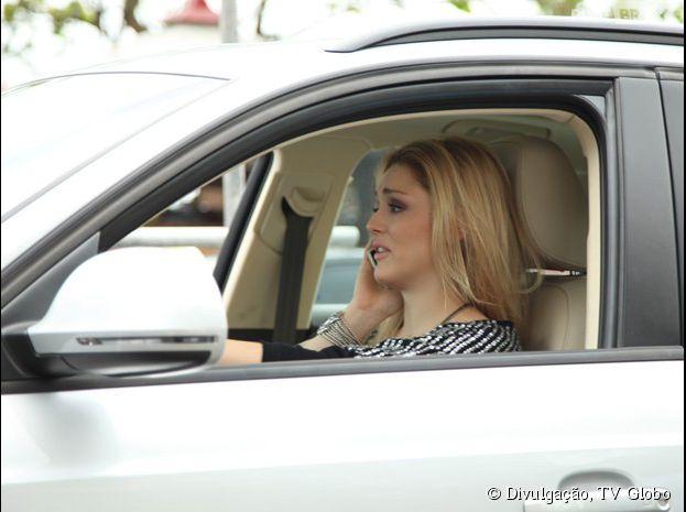 """Em """"Geração Brasil"""", Megan (Isabelle Drummond) vai bater com o carro!"""