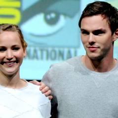 """Nicholas Hoult, ex de Jennifer Lawrence, comenta vazamento de fotos: """"Uma pena"""""""