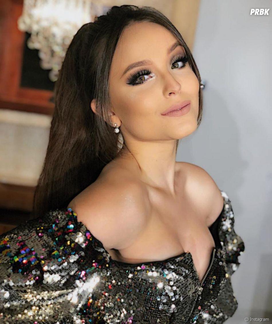 """Larissa Manoela dá início a uma nova fase na sua carreira musical com """"Desencosta"""""""