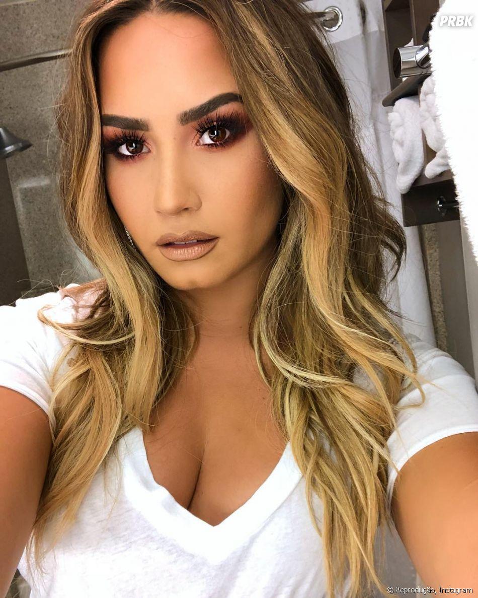 Demi Lovato retornou às redes sociais após afastamento por polêmica no Twitter