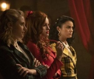 "CW libera fotos inéditas de episódio musical de ""Riverdale"""