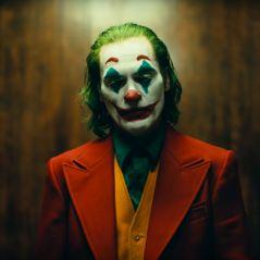 """Amém, Joaquin Phoenix! Saiu o trailer de """"Coringa"""" e é bem melhor do que a gente imaginava"""
