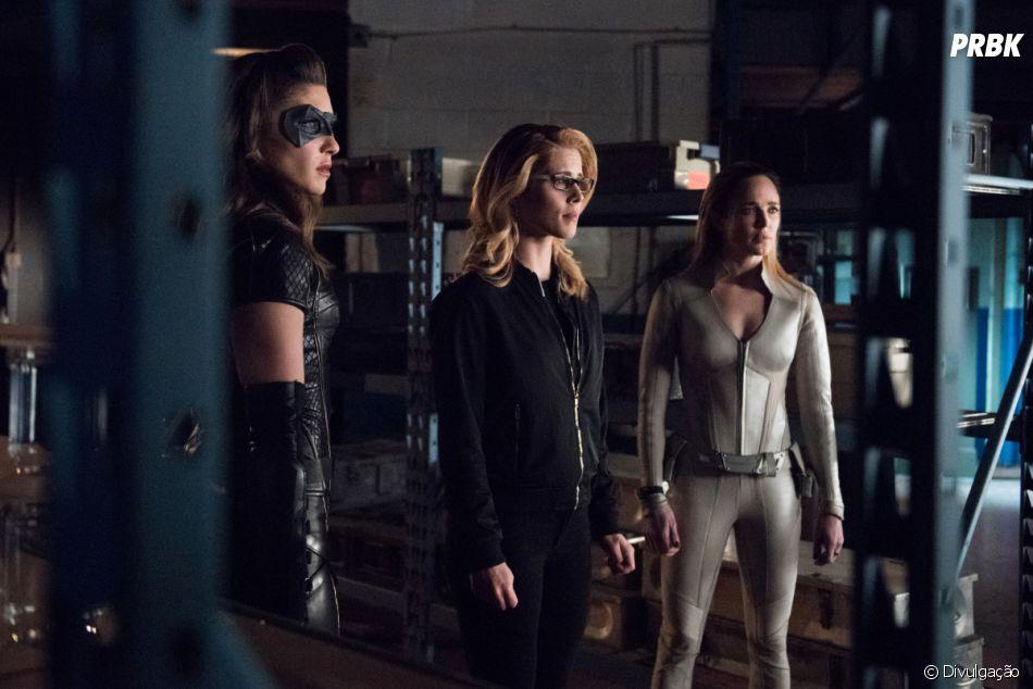 """Em """"Arrow"""":Sara Lance(Caity Lotz),Laurel(Katie Cassidy Rodgers),Dinah(Juliana Harkavy) eFelicity(Emily Bett Rickards) estão reunidas em novas fotos"""