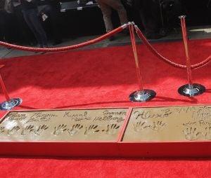 """Elenco de """"The Big Bang Theory"""" tem nomes incluídos na Calçada da Fama"""