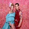 """Lili Reinhart e Cole Sprouse, de """"Riverdale"""", foram juntos ao Met Gala 2019"""