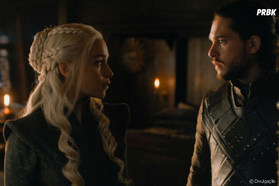 "Em ""Game of Thrones"", Jon Snow (Kit Harington) mata Daenerys (Emilia Clarke)"