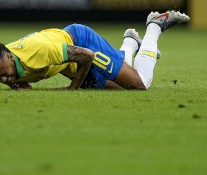 Neymar se machucou no jogo realizado nesta quarta (5) e está fora da Copa América