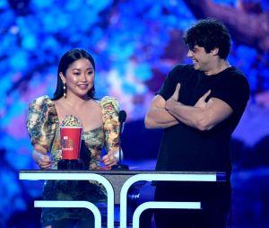 """""""Para Todos os Garotos que Já Amei"""": Noah Centineo e Lana Condor ganham prêmio de Melhor Beijo noMTV Movie & TV Awards 2019"""