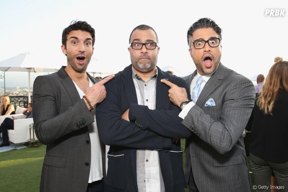 """Já sabemos que quem interpreta o narrador da série """"Jane the Virgin"""" é o ator Anthony Mendez (ao centro)"""