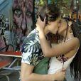 """""""Malhação"""":Jaque (Gabz) e Thiago (Danilo Maia) se beijam pela primeira vez"""