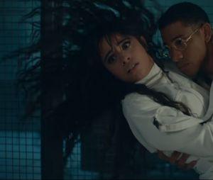 """""""Liar"""": novo clipe de Camila Cabello também tem muita dança"""