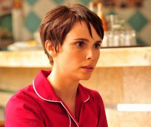 """Em """"Avenida Brasil"""", Rita (Débora Falabella) adotou o nome de Nina para se infiltrar na casa de Carminha (Adriana Esteves) e se vingar da vilã"""