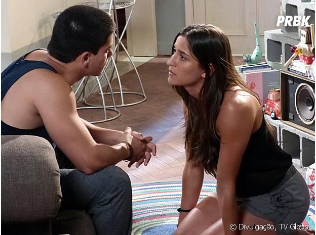 """Nat (Maria Joana) quer saber se Duca (Arthur Aguiar) também gosta dela em """"Malhação"""""""