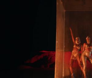 """IZA e Ciara surgem em lugar desértico em clipe de """"Evapora"""", com Major Lazer"""