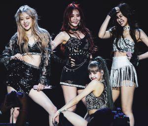 """BLACKPINK is the revolution!""""DDU-DU DDU-DU"""" atinge 1 bilhão de views e grupo faz história no K-Pop"""