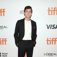"""Conheça Jonah Hauer-King, ator que interpretará o Príncipe Eric no live-action de """"A Pequena Sereia"""""""
