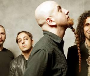 """System of a Down tocando a clássica """"Chop Suey"""" no Palco Mundo do Rock in Rio em 2011"""