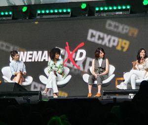 """Em painel da CCXP 2019, elenco de """"As Five"""" fala sobre o que esperar da série"""