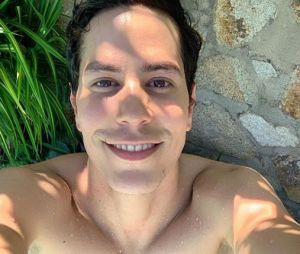 RBD: Christian Chavéz está focado na sua carreira de ator, após passar um tempo morando nos Estados Unidos e no Brasil.