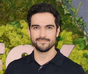 Alfonso Herrera vive comentando sobre o Brasil, seja na política, esportes ou apenas matando a saudade