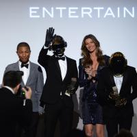 Gisele Bündchen e Daft Punk participam de prêmio em NY e estampam capa de revista