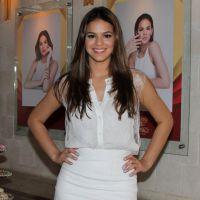 """Bruna Marquezine revela peças chave do seu armário: """"Short jeans e vestido!"""""""