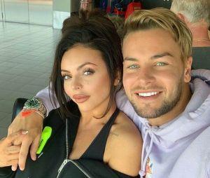 Chris Hughes, ex-namorado de Jesy Nelson, respondeu jornalista que atacou a cantora