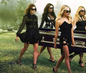 "HBO Max encomenda reboot de ""Pretty Little Liars"", com direção de Roberto Aguirre-Sacasa, de ""Riverdale"""