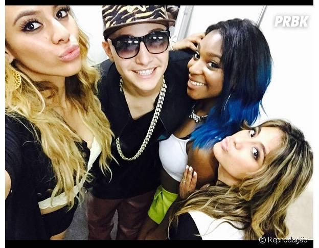 Mc Gui e Fifth Harmony se encontram em bastidores de show no Brasil